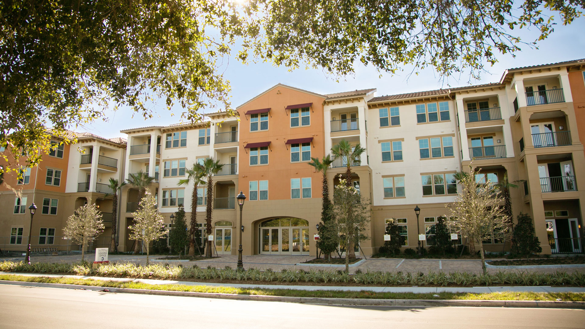 Paseo multi family at winter park village aci architects for Winter garden studios